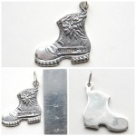 Silver pendant shoes ss