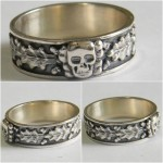 Totenkopf SS ring with oak leaf